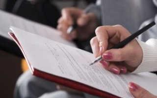 Можно ли по закону получить паспорт при помощи доверенности